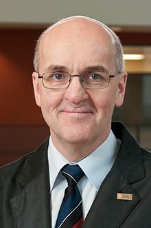Guy Béland, directeur du Département de médecine familiale et de médecine d'urgence à la Faculté de médecine de l'Université Laval