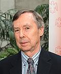 Réal Noël, professeur de clinique au Département de médecine de la Faculté de médecine de l'Université Laval