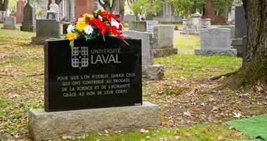 Monument funéraire en l'honneur des personnes ayant fait le don de leur corps