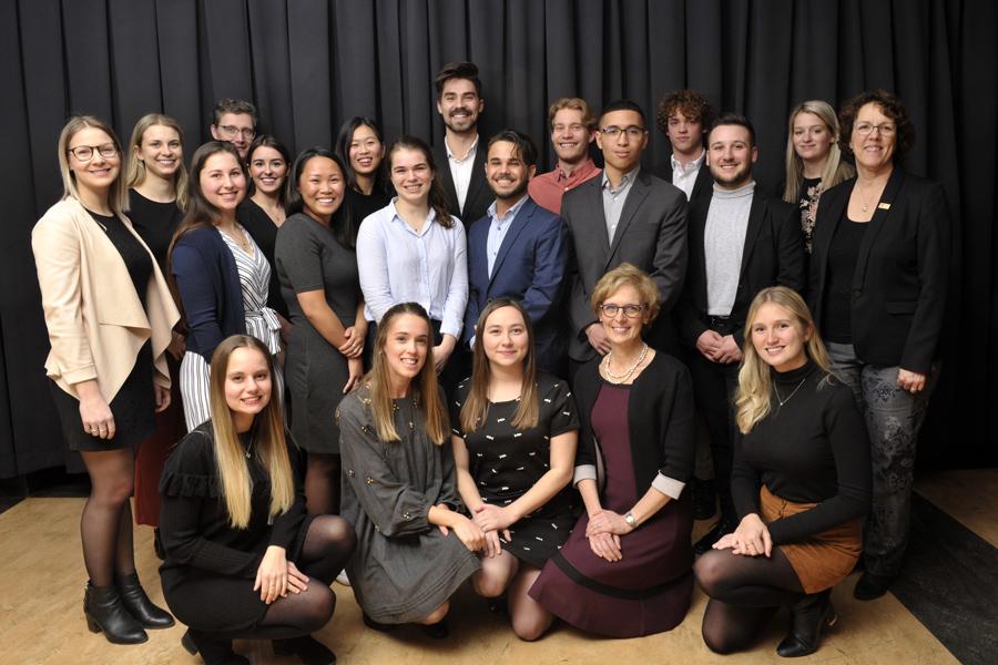 étudiantes et étudiants de la Faculté de médecine finalistes et lauréats au Gala Relève en or 2019