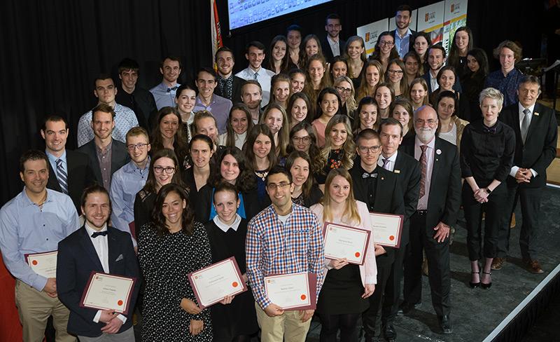 Lauréats de la cérémonie des prix et bourses d'excellence 2018